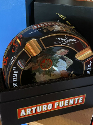 Arturo Fuente Hands of Time Ashtray