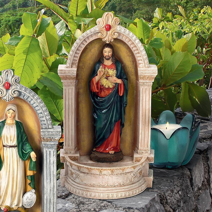 Sacred Heart of Jesus Italian-Style Font Statue QS282313