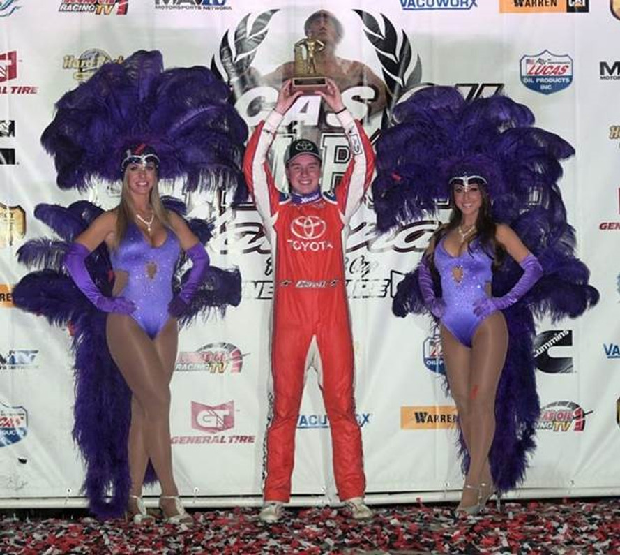 Christopher Bell's Last Pass Serves Up Third Chili Bowl Win!