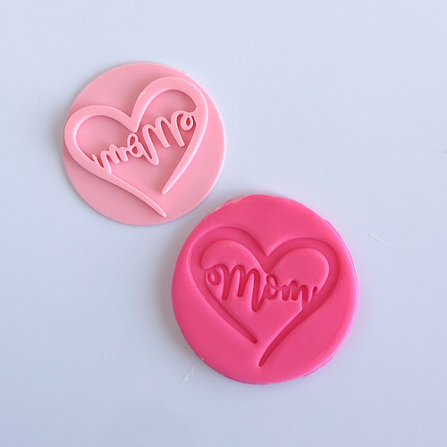 Mom with Heart    Fondant /Cookie Embosser