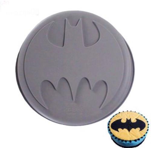 Batman  Cake mold Breakable