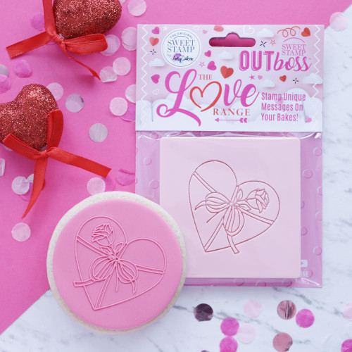 WRAPPED HEART OUTBOSS EXPRESSIONS