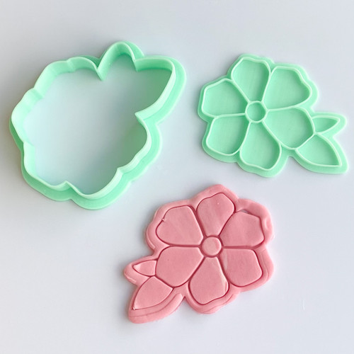 Daisy  with leaves Flower  Stamp and Cutter set 3""