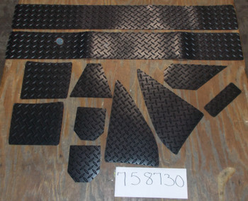 MasterCraft Trailer Fender Kit - Non Skid Diamond Plate Pattern (758730)