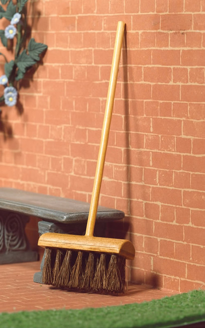 Yard, Garden Brush, Broom 4932