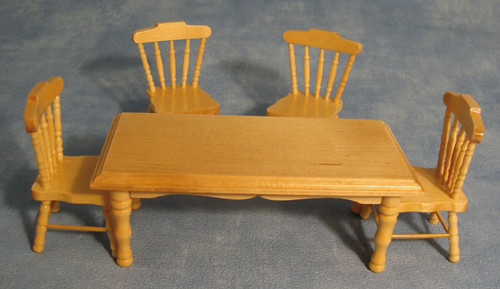 Pine Kitchen Table & 4 Chairs, DF131P