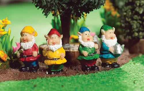 Garden Gnomes Set of 4 4794