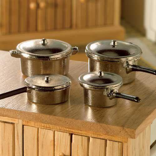 Metal Saucepans & Lids 8 Pack 4829