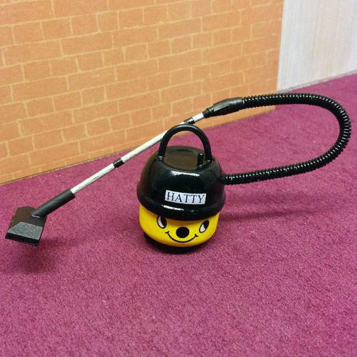 Hatty The Vacuum Cleaner Hoover 1242