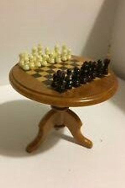 Bodo Hennig Chess Table Set 6672