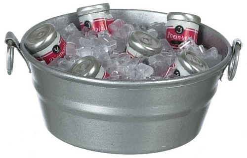 Ice Tub with Canned Drinks IM65462