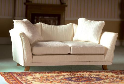 Classic Cream Sofa 3365