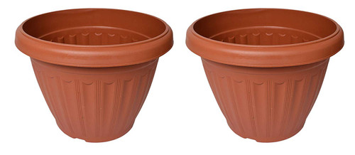 Set of 2 Round Terracotta Planters! - 9.3d X 7.1h