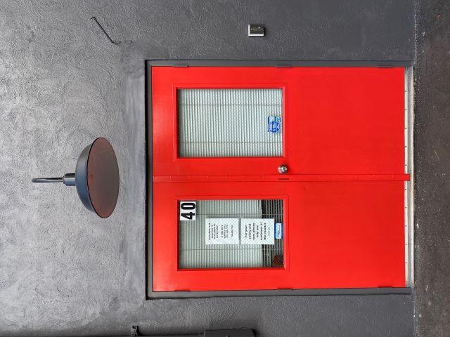 shop-40-osborne-red-door-compressed.jpg