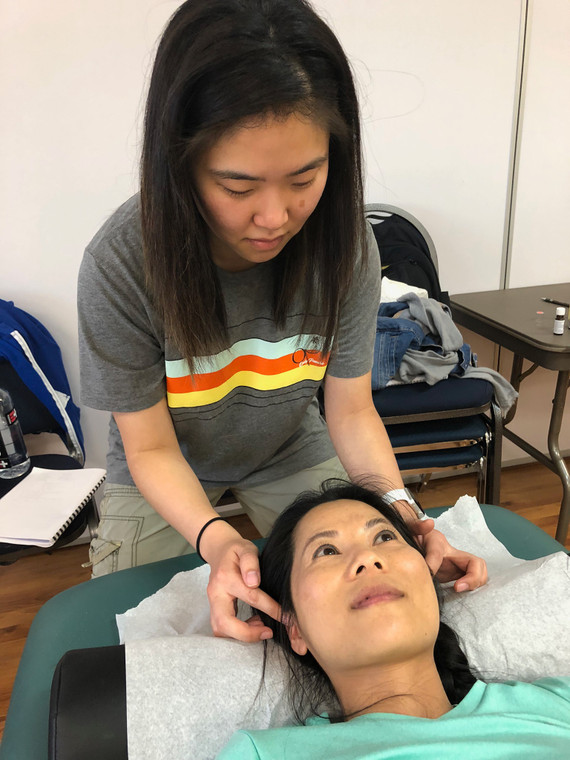 Treatment of Addictions with Essential Oils  & Acupuncture – ONLINE SEMINAR – October 17 & 24