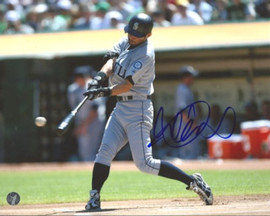 Ichiro Suzuki Autographed 8x10 Photo Seattle Mariners 2,000th Hit IS Holo Stock #21483