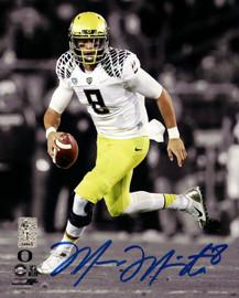 Marcus Mariota Autographed 8x10 Photo Oregon Ducks MM Holo Stock #89175