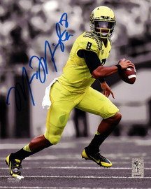 Marcus Mariota Autographed 8x10 Photo Oregon Ducks MM Holo Stock #89182
