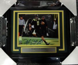 Marcus Mariota Autographed Framed 8x10 Photo Oregon Ducks MM Holo Stock #89818