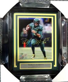 Marcus Mariota Autographed Framed 8x10 Photo Oregon Ducks MM Holo Stock #89821