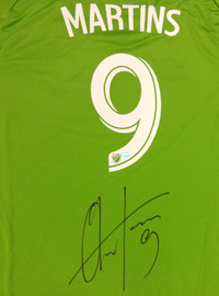Seattle Sounders Obafemi Martins Autographed Green Adidas Jersey Size XXL MCS Holo Stock #90810