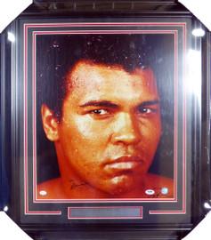 Muhammad Ali Autographed Framed 16x20 Photo PSA/DNA #M08374