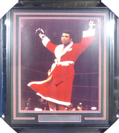 Muhammad Ali Autographed Framed 16x20 Photo PSA/DNA #S14055