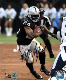 Marshawn Lynch Autographed 8x10 Photo Oakland Raiders ML Holo Stock #130756