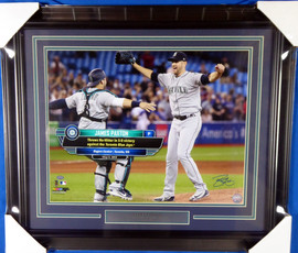 James Paxton Autographed Framed 16x20 Photo Seattle Mariners No Hitter MCS Holo Stock #135253