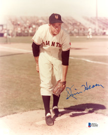 Jim Hearn Autographed 8x10 Photo New York Giants Beckett BAS #F21361
