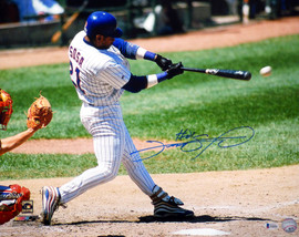 Sammy Sosa Autographed 16x20 Photo Chicago Cubs Beckett BAS Stock #148619