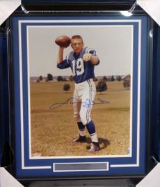 Johnny Unitas Autographed Framed 16x20 Photo Colts Beckett BAS #A20733