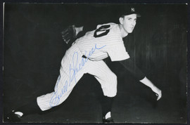 Ewell Blackwell Autographed 3.5x5.5 Postcard New York Yankees SKU #153948