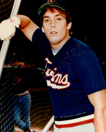 Kent Hrbek Autographed 8x10 Photo Minnesota Twins SKU #154469