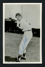 Woodie Held Autographed Team Issued 3.5x5.5 Postcard Cleveland Indians SKU #156693