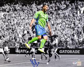 Clint Dempsey Autographed 16x20 Photo Seattle Sounders PSA/DNA ITP #6A85246
