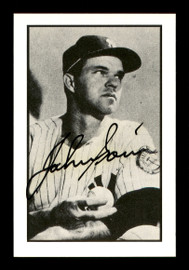 Johnny Sain Autographed 1983 Bowman 1953 Bowman Reprint Card #25 New York Yankees SKU #171965