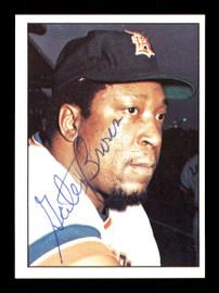 Gates Brown Autographed 1975 SSPC Card #371 Detroit Tigers SKU #172507