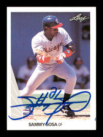 Sammy Sosa Autographed 1990 Leaf Rookie Card #220 Chicago White Sox SKU #175472