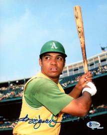 Reggie Jackson Autographed 8x10 Photo Oakland A's Beckett BAS Stock #177593