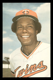 Rod Carew Autographed 1978 3.5x5.5 Postcard Minnesota Twins SKU #178176