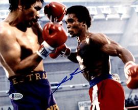 Sugar Ray Leonard Autographed 8x10 Photo vs. Augustin Estrada Beckett BAS #U84484