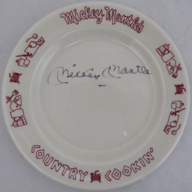 Mickey Mantle Autographed Mickey Mantle's Country Cooking' Restaurant Plate New York Yankees Beckett BAS #A34682