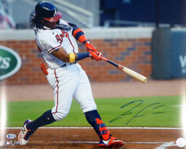 Ronald Acuna Jr. Autographed 16x20 Photo Atlanta Braves Beckett BAS Stock #181324