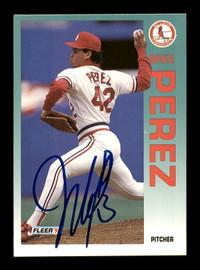 Mike Perez Autographed 1992 Fleer Card #588 St. Louis Cardinals SKU #183540