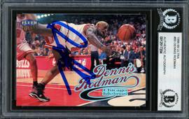 Dennis Rodman Autographed 1998-99 Fleer Ultra Card #80 Chicago Bulls Beckett BAS #12517204
