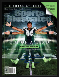 Russell Wilson Autographed Sports Illustrated Magazine Seattle Seahawks RW Holo #37830