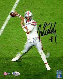Justin Fields Autographed 8x10 Photo Ohio State Buckeyes Beckett BAS Stock #190014