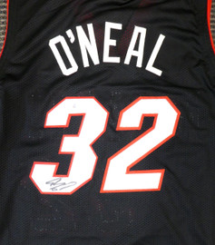 Miami Heat Shaquille O'Neal Autographed Black Jersey On 3 Beckett BAS Stock #191015
