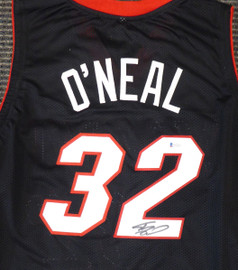 Miami Heat Shaquille O'Neal Autographed Black Jersey On 2 Beckett BAS Stock #191016